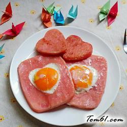 爱心火腿蛋的做法