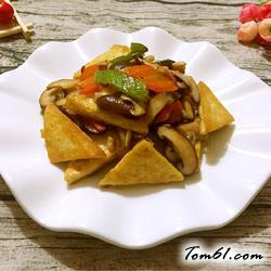 香菇炒豆腐的做法