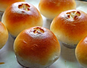 酸奶面包的做法两种,可以减肥的酸奶面包