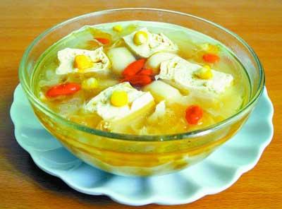 银耳豆腐荸荠汤,适合懒人的夏季养生汤