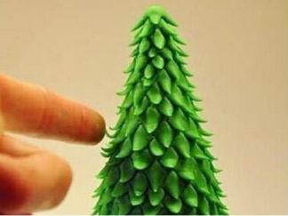 软陶圣诞树的彩泥橡皮泥制作教程图解