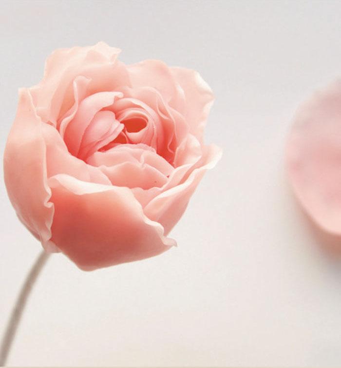样子超漂亮的粘土玫瑰花diy教学