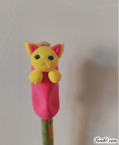 萌猫握笔器的彩泥橡皮泥制作教程图解