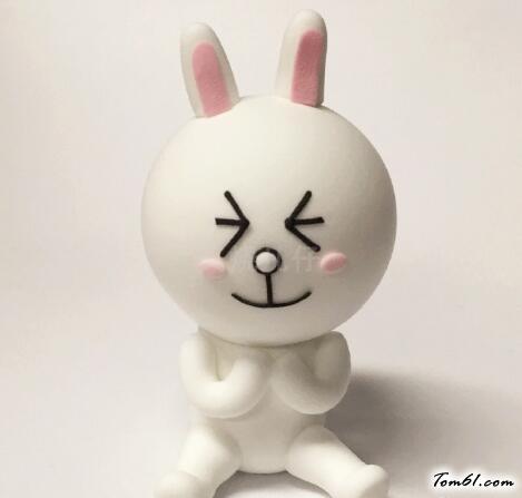 小白兔的彩泥橡皮泥制作教程图解5