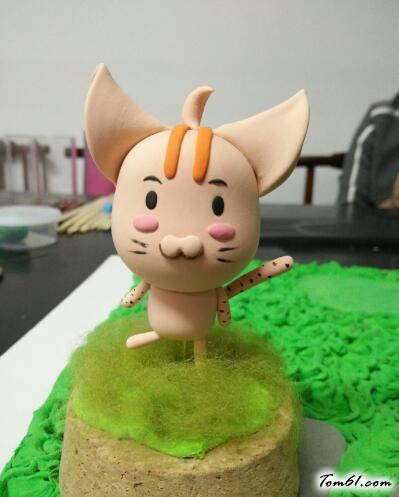 小猪仔玩偶的彩泥橡皮泥制作教程图解