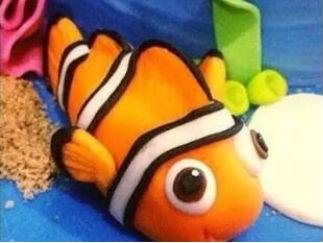 魚的彩泥橡皮泥制作教程圖解2