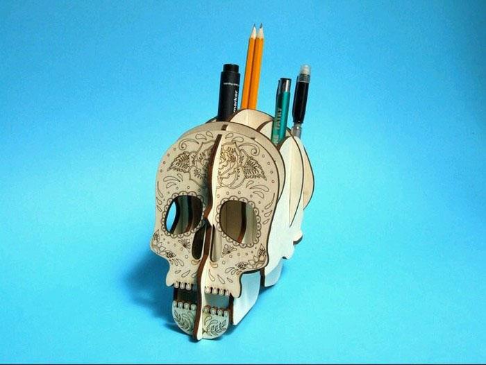 DIY笔筒之骷髅头立体笔筒图片1