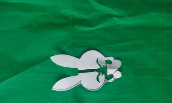 兔子剪纸图案大全及方法-长耳朵的兔兔(3)图片3