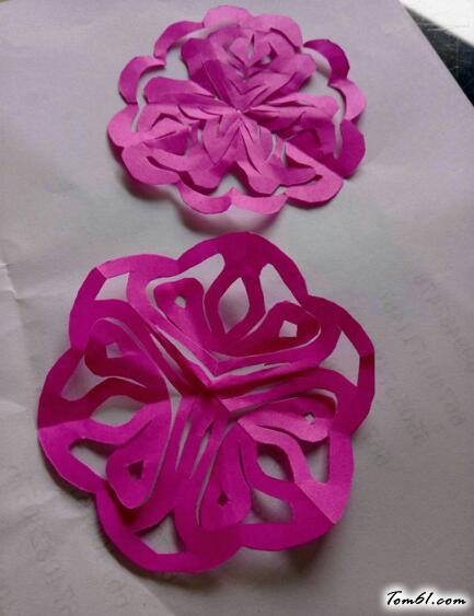 小花朵的剪紙圖案與圖解教程