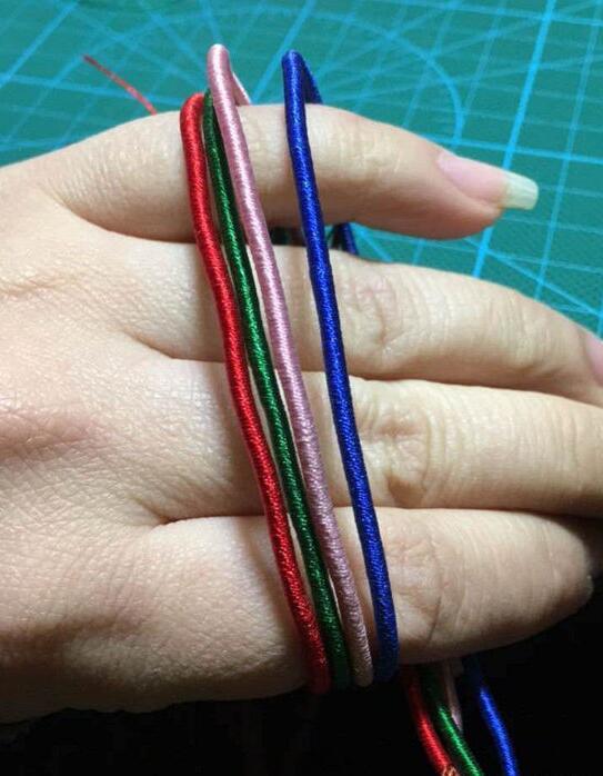 彩虹手链的编法和编织教程图片5