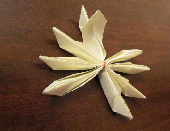 立体荷花的折纸图解与方法教程_折纸大全_手工制作