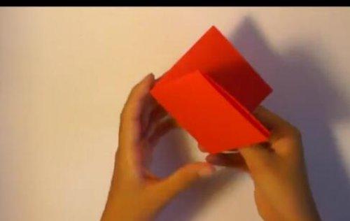 特别的玫瑰花折纸 简单的玫瑰花折纸教程图片2