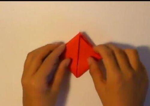 特别的玫瑰花折纸 简单的玫瑰花折纸教程图片5
