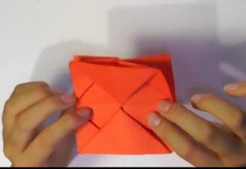 特别的玫瑰花折纸 简单的玫瑰花折纸教程图片10