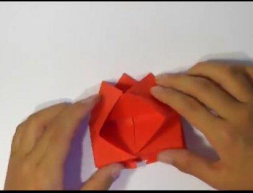 特别的玫瑰花折纸 简单的玫瑰花折纸教程图片8
