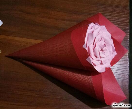 紙玫瑰花的折紙圖解與方法教程