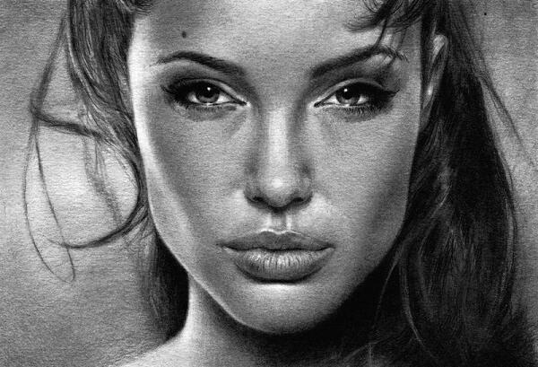 女青年头像-素描图集
